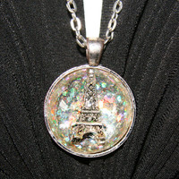 Eiffel Tower 3D Necklace on Luulla