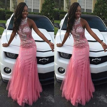 Sexy Blushing Pink Mermaid Prom Dresses Halter Rhinestone Prom Gown With Beadings Crystal Stones Evening Gown