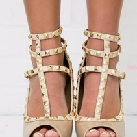 SZ 7 Saturday Stroll Natural Studded Peep Toe Strappy Heels