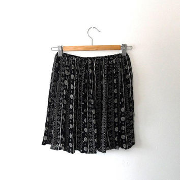 Black and white floaty mini skirt / panel stripe / flower print / medallion / semi-sheer / elasticated / vintage / summer / black mini skirt