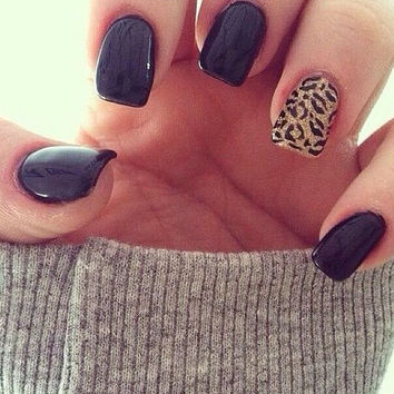 Black nails, leopard print nails, stiletto nails, false nails, press on nails