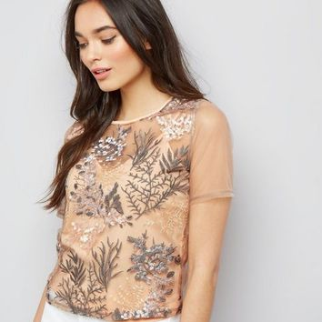 Pink Floral Embroidered Mesh Short Sleeve T-Shirt