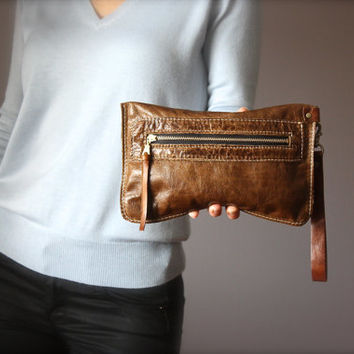 Distressed leather purse, Distressed clutch,  brown leather clutch, rugged bag, zipper wristlet , Iphone6 case, wallet , coin purse