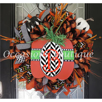 Halloween Wreath, Fall Wreath, Door Hanger, Front door wreath, Large Wreath, Pumpkin Decor, Monogram Door Hanger