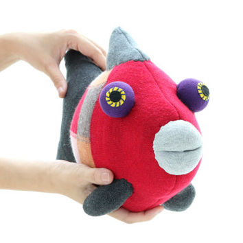 T12  Handmade  Big stuffed Tropical Fish Red grey  with grey  mouth Stuffed Animal Doll Baby Toys kids pillow Finding Nemo