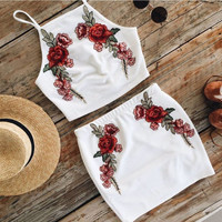 8DESS Embroidery Flower Sexy Bodycon Set Two-Piece Mini Dress