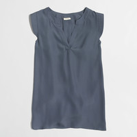 Factory V-neck band-sleeve shell top