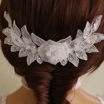 Wedding Hair Comb,Bridal Hair Accessories, Wedding Head Piece, White Lace Beaded , Pearl Wedding Hair Accessories