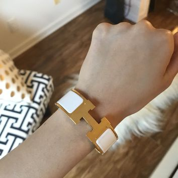 AUTHENTIC HERMES WIDE ENAMEL GOLD PLATED CLIC CLAC PM BRACELET SMALL