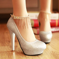 Fashion Rhinestone Tassels Heeled Shoes
