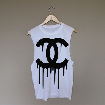 Dripping Chanel