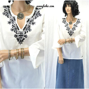 Boho white embroidered tunic top / size M / Indie caftan top / bohemian embroidered cotton blouse / SunnyBohoVintage