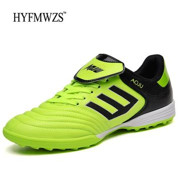 HYFMWZS Big Size 3.5-9.5 Men Soccer Shoes Superfly Chuteira Futebol Cheap Soccer Cleats Indoor Soccer Shoes Boys Football Shoes