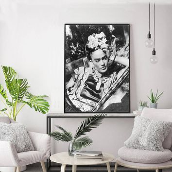 Black Frida Floral Self Portrait Canvas Painting Wall Pictures Wall Art For Living Room Posters and Prints decoration