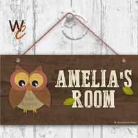 "Owl Sign, Woodland Personalized Sign,Kid's Name, Kids Door Sign, Baby Nursery Wall Decor, Weatherproof, 5"" x 10"" Sign, Made To Order"
