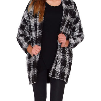 Black & White Plaid Cocoon Coat - Black/White