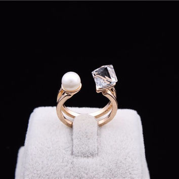 Unique 18K Gold Plated Cube Crystal Pearl Finger Ring High Quality Statement Jewelry