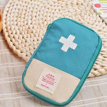 ONETOW Emergency Survival Kit Wrap Gear Bag red blue green Small Medicine Kit Outdoor first aid box Medical Military To Pill Case Box