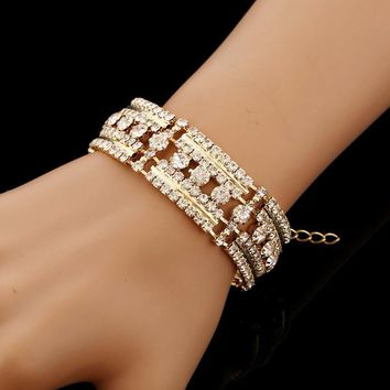 1 PC Fashion Charm Women Cuff Bracelet Bangle Jewelry Gift Fashion feminine bracelet