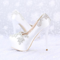 White Thin Heel Waterproof  Bridal shoes with Rhinestone Silk Surface And High Platfrom Wedding Shoes