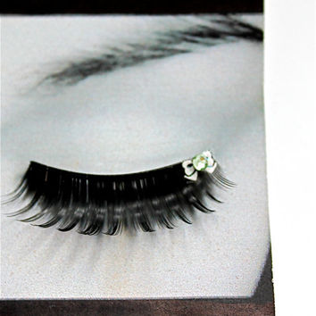 Harajuku White Bow False Eyelashes by CatsMeow1940 on Etsy