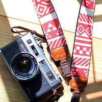 Geometric Red Camera Strap suits for DSLR / SLR with by iMoShop