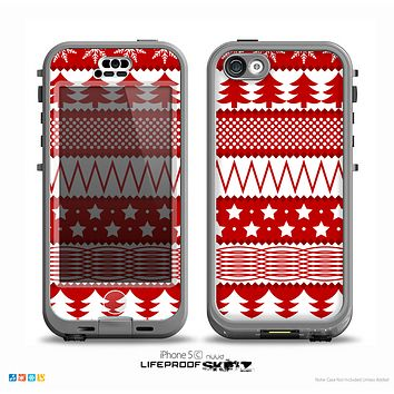 The Red and White Christmas Pattern Skin for the iPhone 5c nüüd LifeProof Case