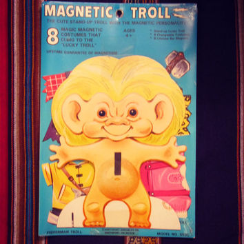 Troll Paper Doll - Magnetic Clothes - In NEW Never opened packaging