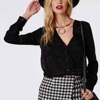 Missguided - Silk Feel Dropped Hem Blouse Black