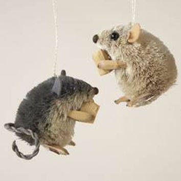 Mouse with Cheese Ornament