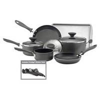 Farberware® Reliance Aluminum Cookware 15pc in Set Black