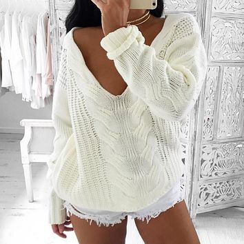 Long sleeved woolen sweater
