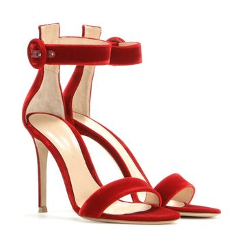 gianvito rossi - velvet sandals
