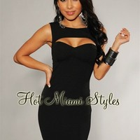 Black Textured Peep Hole Padded Dress