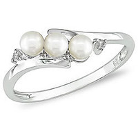 Miadora 10k White Gold FW Pearl and Diamond Ring (3 mm) | Overstock.com