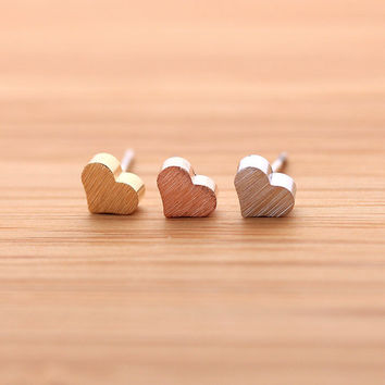 tiny HEART stud earrings,(3 colors) | girlsluv.it