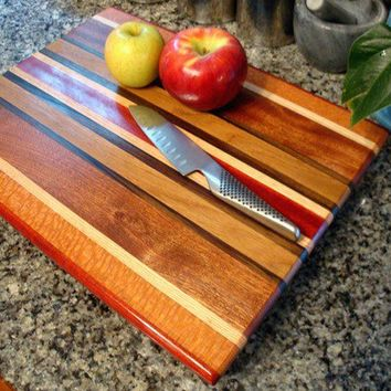 Handmade Large Wood Cutting Board - The New Englander - Bloodwood & Lacewood