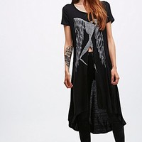 4th & Rose Split Wing Tee in Black - Urban Outfitters