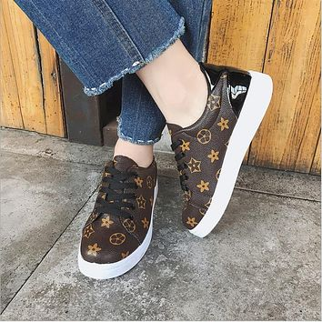 Woman Sneakers  Spring/autmn 2018 brand design tenis feminino lace-up Classic brown ladies flats shoes zapatos mujer