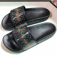 GUCCI Printed slippers