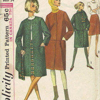 Simplicity 1960s Mod Retro Coat Casual Jacket Scarf Sewing Pattern A-line Collarless Button Front Bust 34