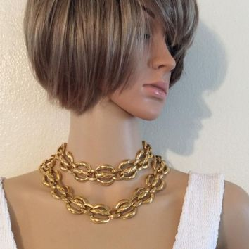 RARE VINTAGE CHANEL GOLD PLATED NECKLACE- BELT