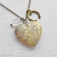 Horseshoe Locket Necklace,Good Lucky Horseshoe Jewelry,Bridesmaid Gift,Heart Locket,Horseshoe Necklace,Leaf,Lucky Charm Locket,Keepsake