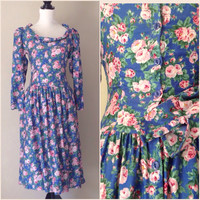 1960's Ladies Vintage Dress / Floral Calico Print / Buttons Down the Back / Summer Dress / Blue with Pink Roses / Women's Clothing