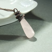 #stonejewelry #rosequartz #fashion #stonenecklace #wedding #bridesmaids