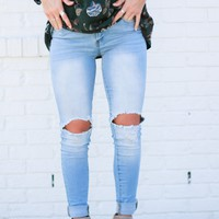 Roxie Distressed Skinnies