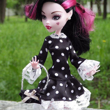 Monster high dress - Outfits for Dolls
