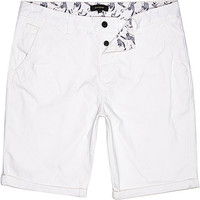 River Island MensWhite slim chino shorts