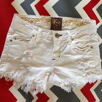 White vintage distressed jean shorts by SassyCheeks on Etsy