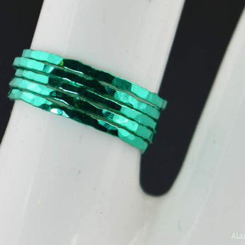 Set of 5 Super Thin Emerald Silver Stackable Rings, Green Ring, Green Jewelry, Emerald Band, Stacking Ring Set, Emerald Ring Set, Green